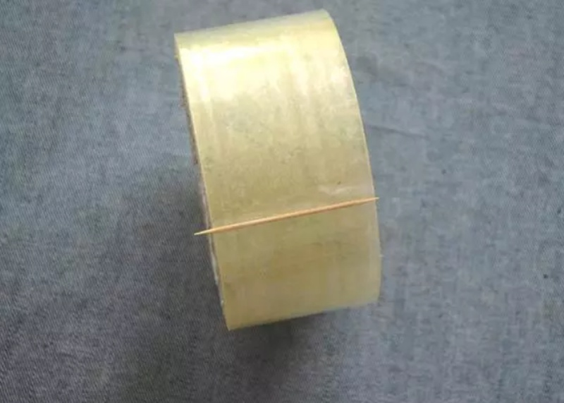 toothpick for marking the sealing tape