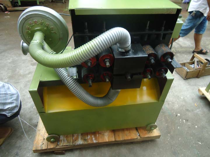 wood sheets slicer machine is in manufacturing